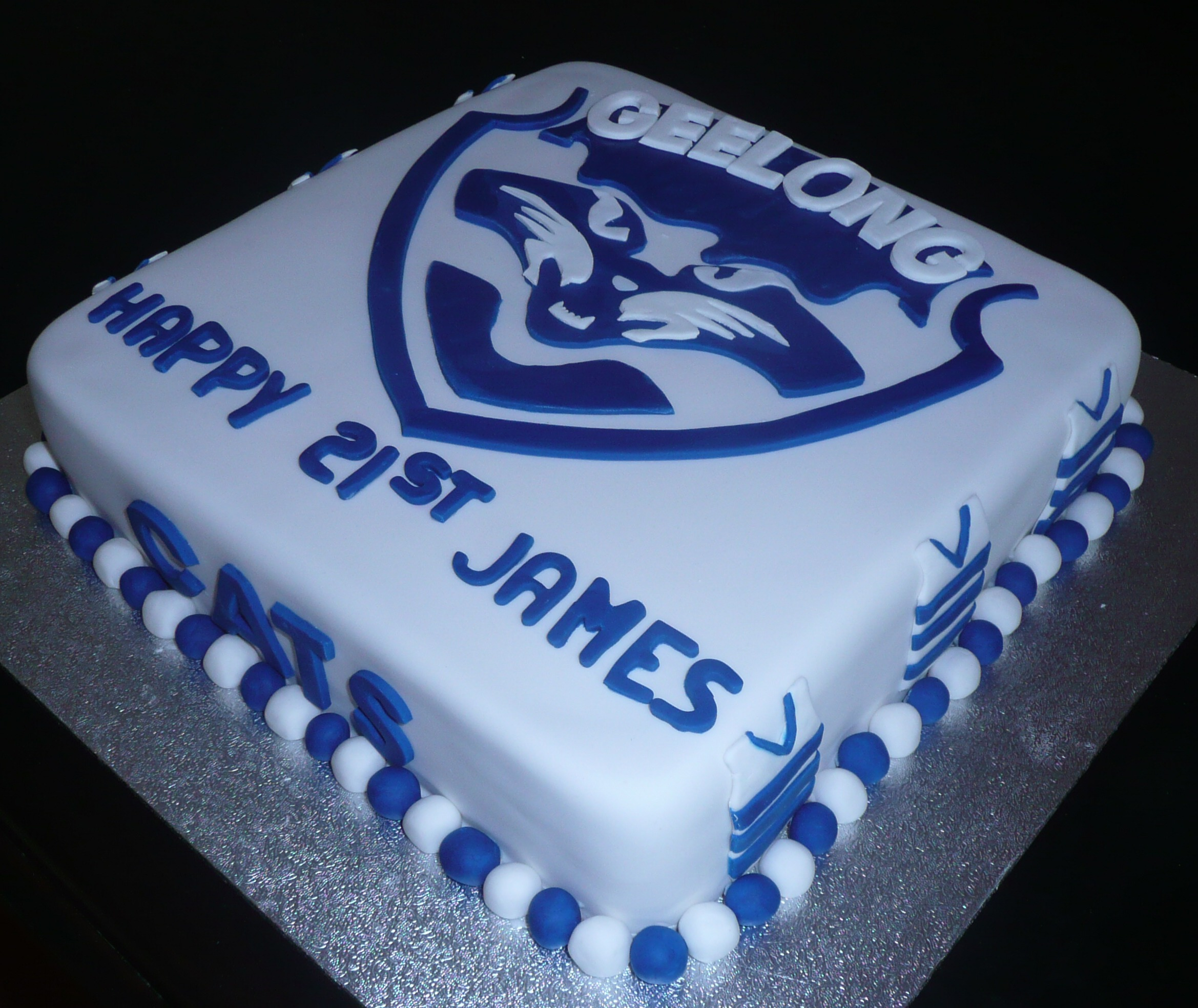 Images Of Birthday Cakes With Cats